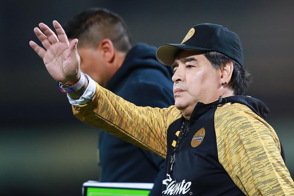 Diego Maradona assumiu o Dorados em setembro e, por duas vezes, bateu na trave no acesso — Foto: Getty Images