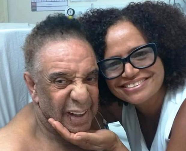 Agnaldo Timóteo e fã (Foto: Arquivo pessoal)