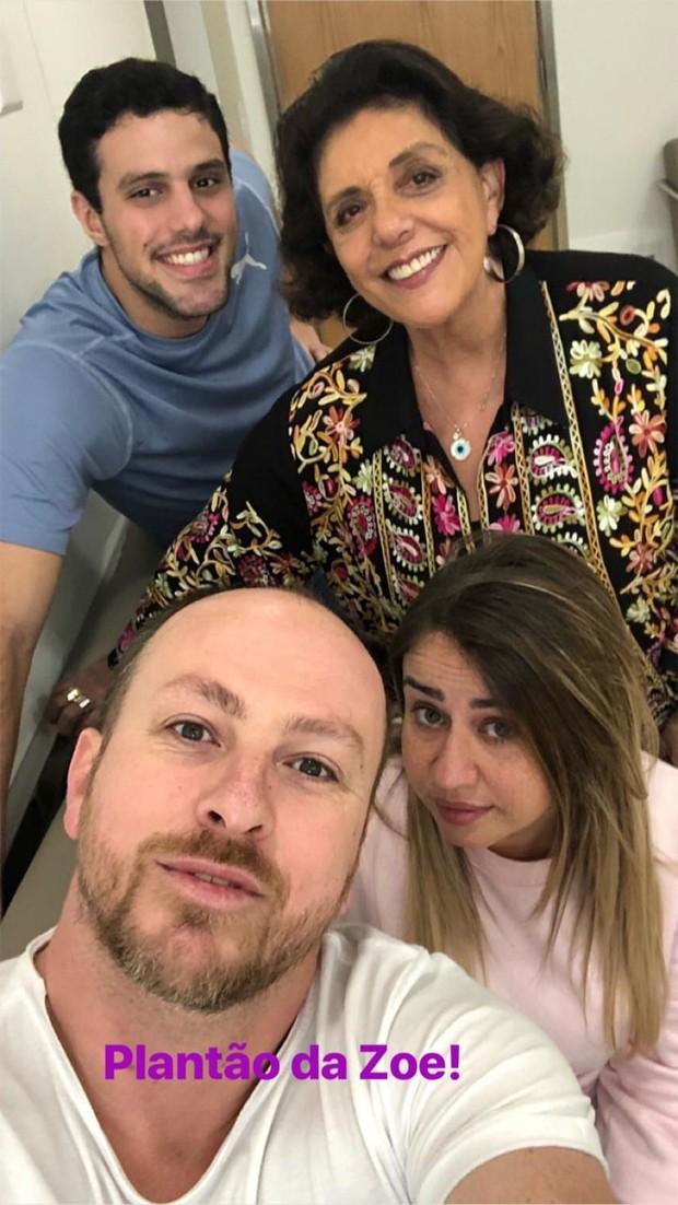 Leda Nagle com amigos e familiares (Foto: Reprodução/Instagram)
