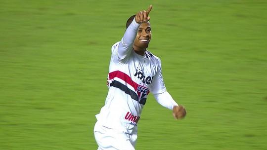O gol de São Paulo 1 x 0 Paraná pela 1ª rodada do Brasileirão 2018