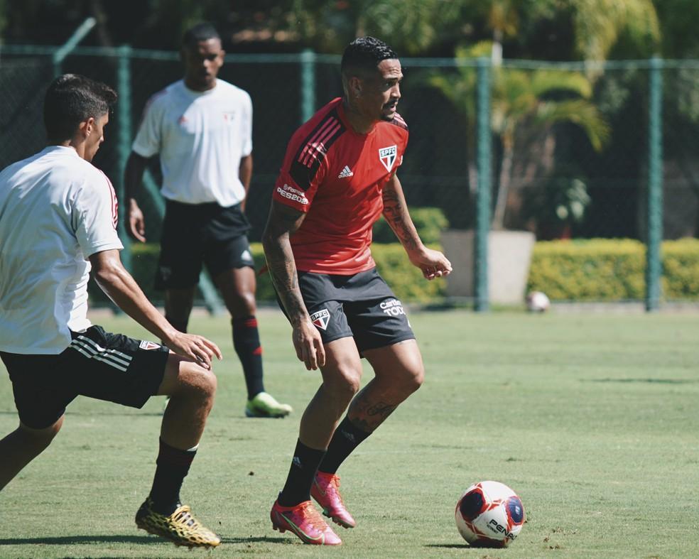 Luciano em treino do São Paulo — Foto: São Paulo FC / divulgação