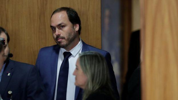 Disputa por decisões na campanha iniciou mal-estar entre Bebianno e Carlos Bolsonaro (foto) (Foto: REUTERS/UESLEI MARCELINO via BBC)