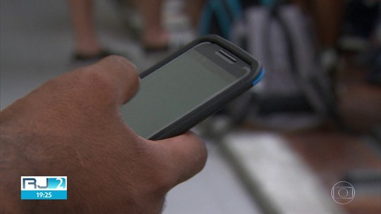 Anatel antecipa no RJ novo sistema de bloqueio de celulares devido ao alto índice de roubos de aparelho