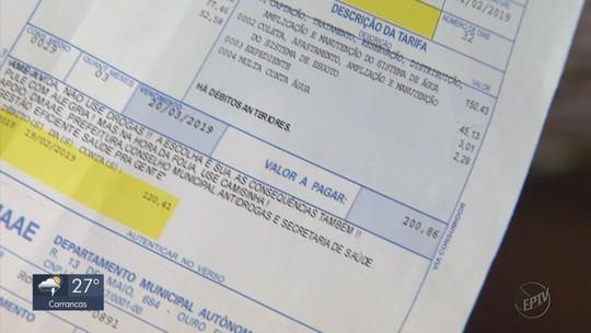 Moradores reclamam do valor da conta de água após reajuste em Ouro Fino, MG