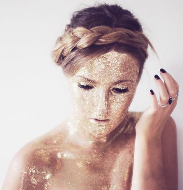 Protetor solar de glitter (Foto: Reprodução / Pinterest)