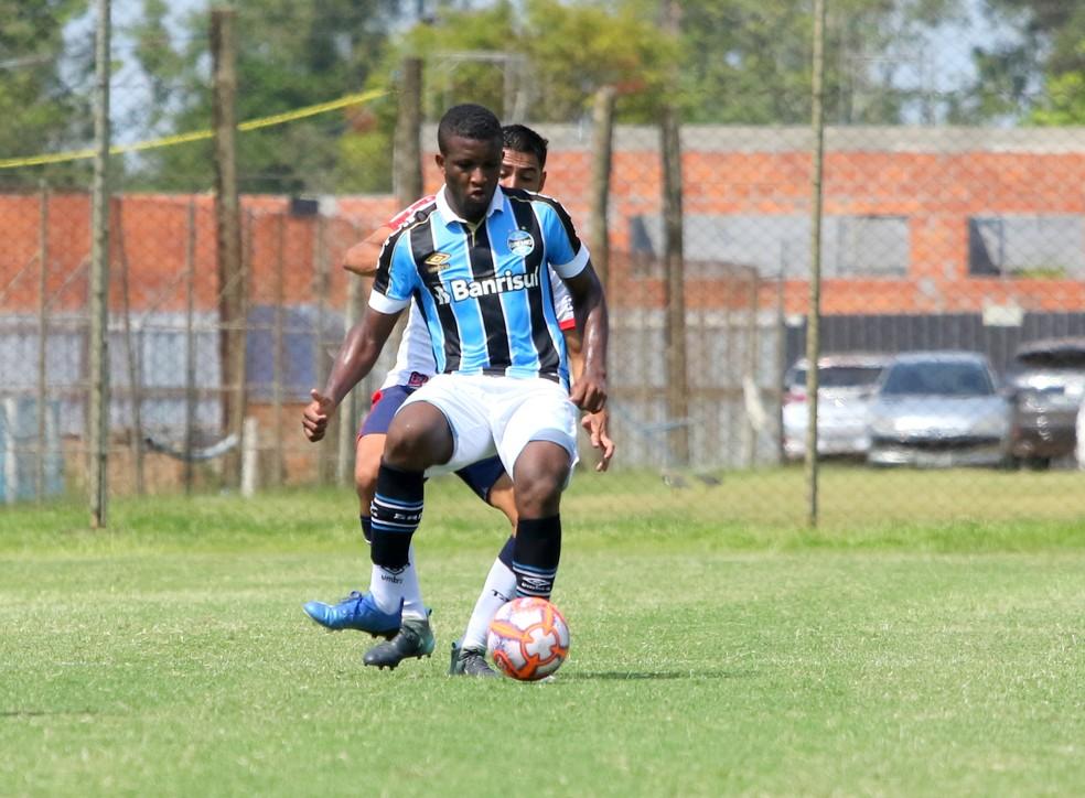 Elias, do time de transição do Grêmio — Foto: Rodrigo Fatturi/Grêmio