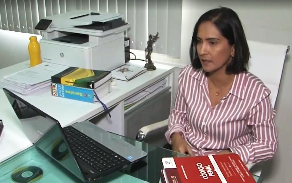 Janicleia Soares escolheu ser advogada em busca de justiça pela morte do pai, quando tinha 14 anos  — Foto: Reprodução/TV São Francisco