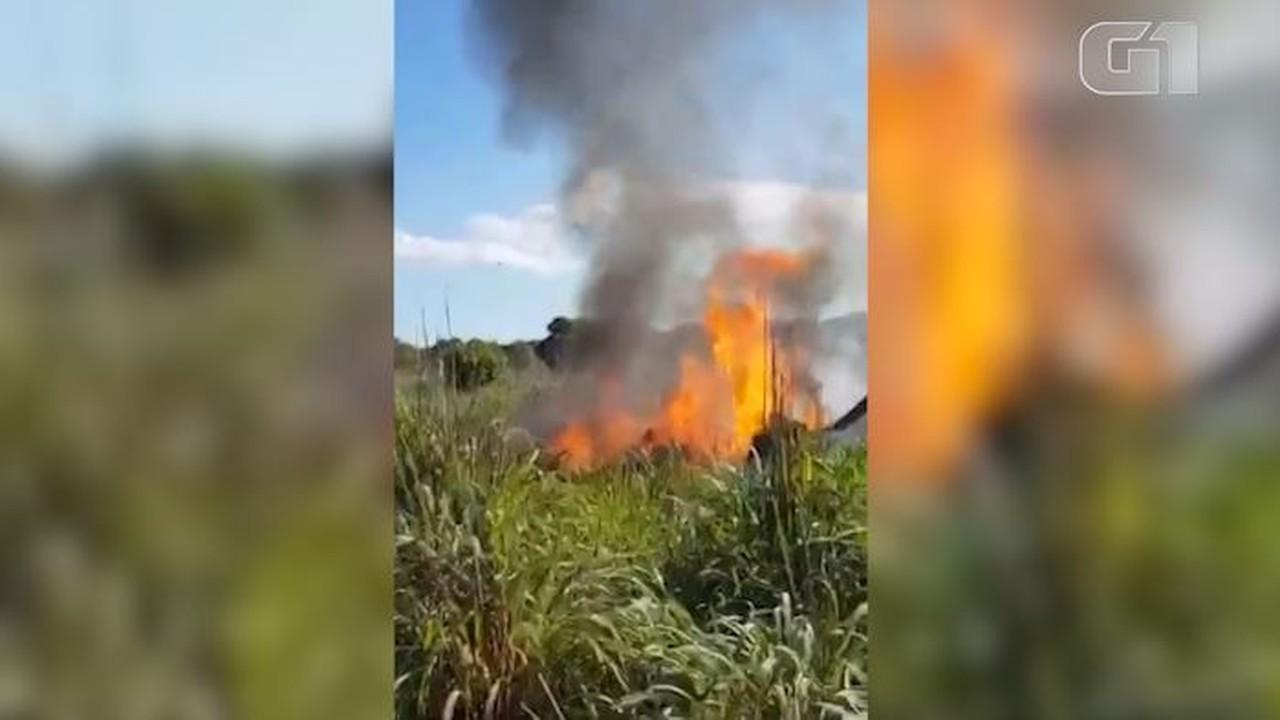 Avião com parte do time do Palmas pegou fogo logo após cair