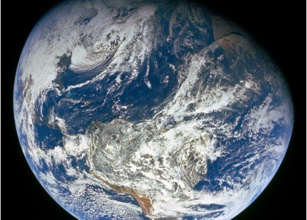 Urgência da questão ambiental nos obrigam a tentar viabilizar ideias antes impensáveis, argumentam pesquisadores (Foto: NASA, via BBC News Brasil)