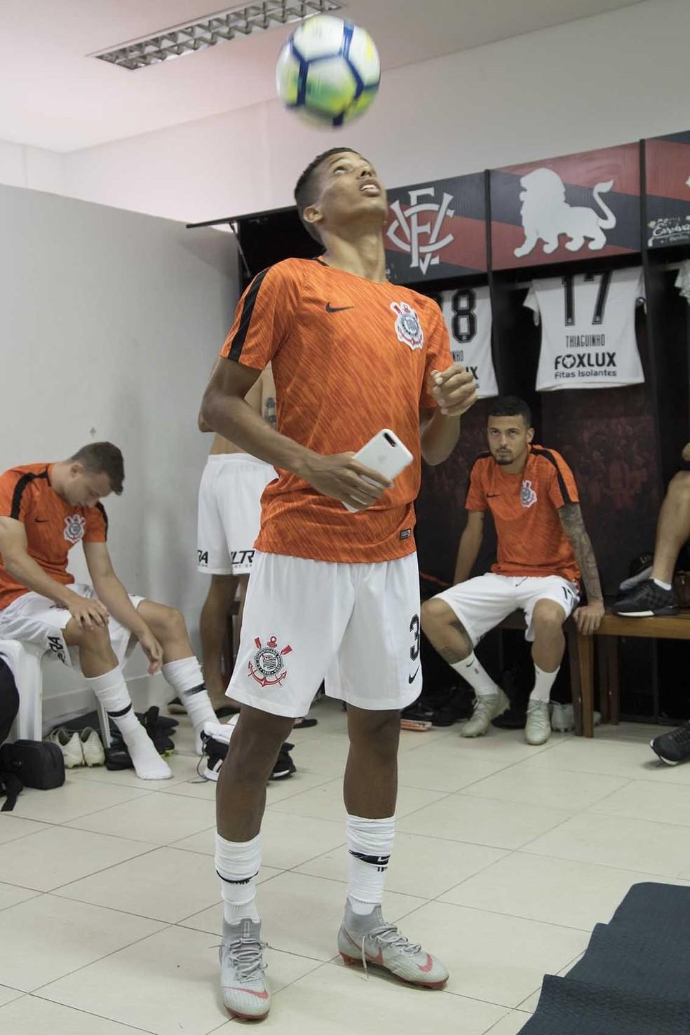 Pedrinho foi titular do Corinthians em Salvador, mas teve atuação tímida — Foto: Daniel Augusto Jr/Ag Corinthians