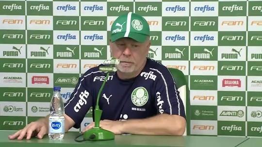 """Mano Menezes explica planejamento do Palmeiras para """"recuperação 100%"""" de Ramires"""