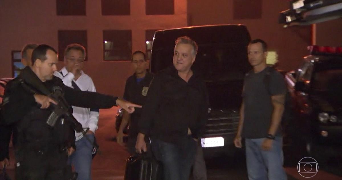 Resultado de imagem para Ministro do STJ manda prender Carlinhos Cachoeira