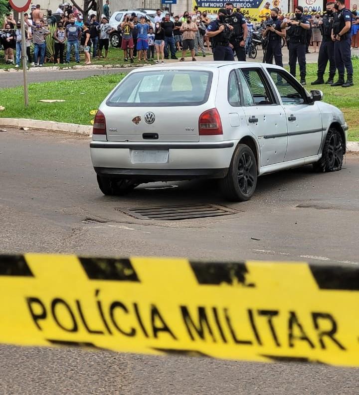 Vídeo mostra perseguição e tiroteio que terminou com três mortos no Paraná