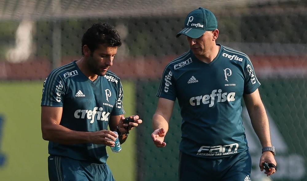 Palmeiras pode ter mudanças; veja quem briga por chance