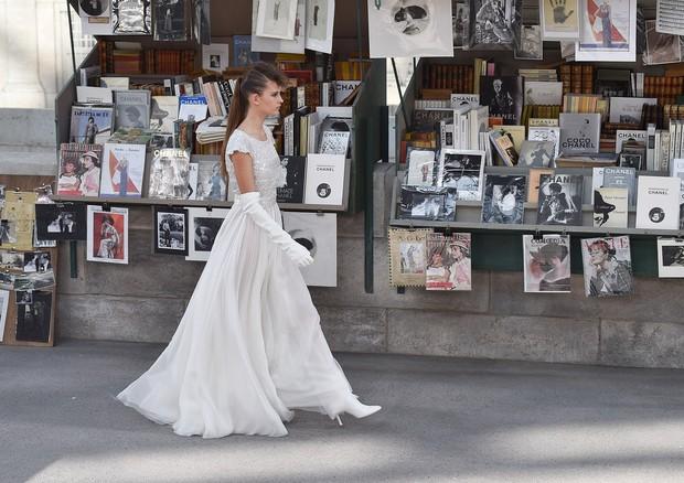 Relembre os cenários incríveis dos desfiles da Chanel (Foto: Corbis via Getty Images)