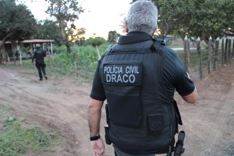 Polícia cumpre mandados na Bahia contra grupo suspeito de roubos a bancos — Foto: Divulgação/Polícia Civil