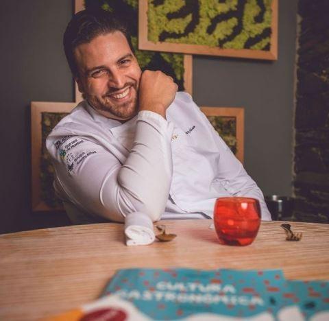 Chefe espanhol ajuda crianças no combate à obesidade e vence prêmio pelo trabalho