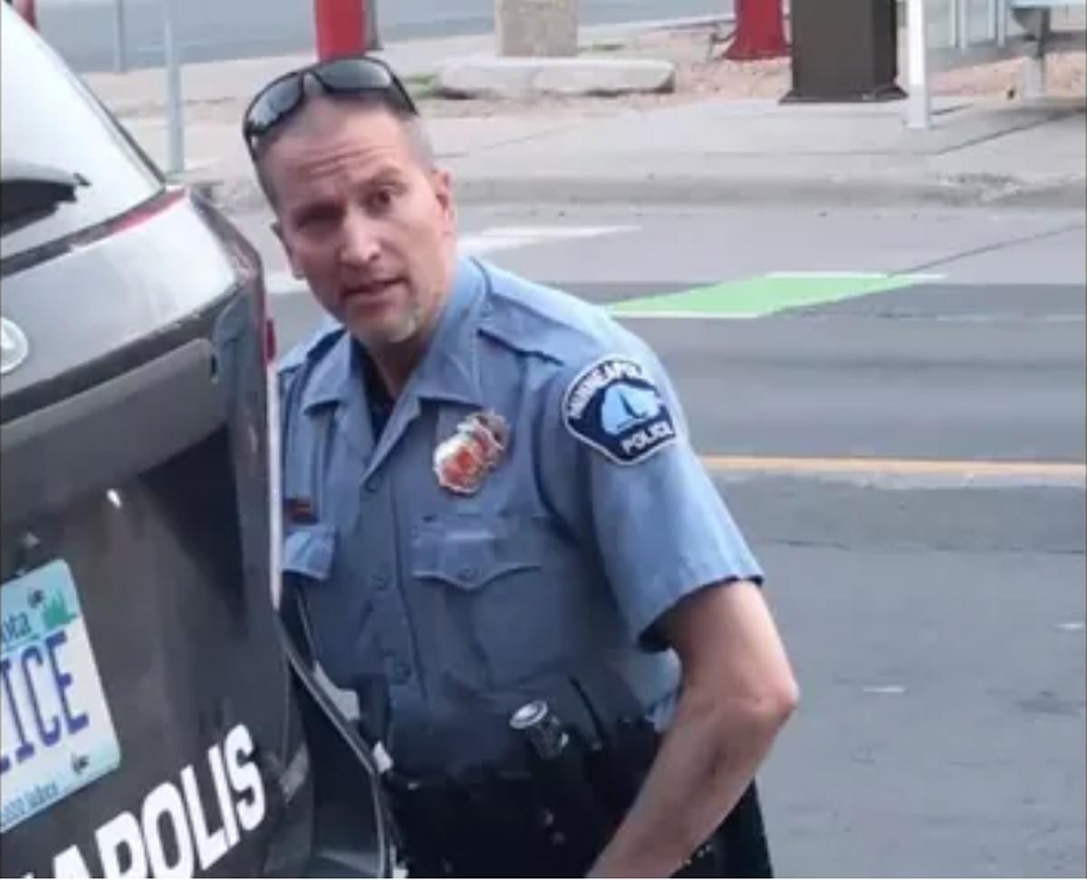 Derek Chauvin violou regras e código de ética em ação que matou George Floyd, diz chefe de polícia