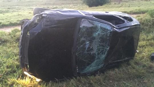 Resultado de imagem para Uma pessoa fica ferida após ser atropelada em Itapuã