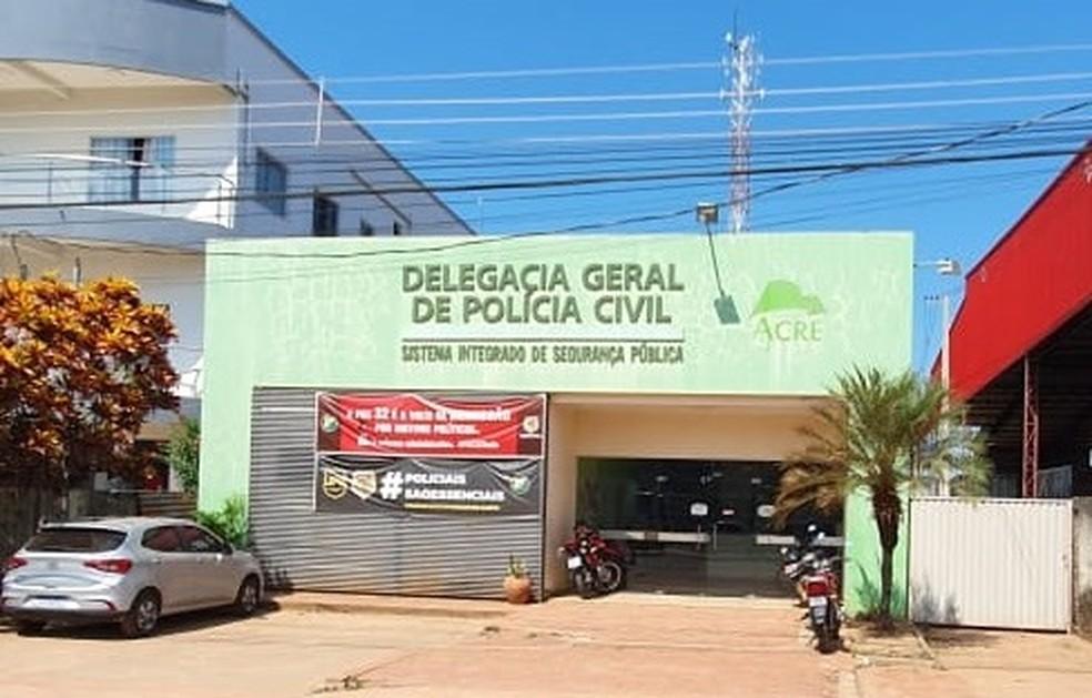 Homem é preso por estuprar enteada de 8 anos e levado para presídio no AC — Foto: Alexandre Lima/Arquivo pessoal