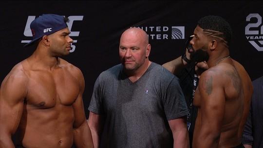 Alistair Overeem e Curtis Blaydes fazem a pesagem do Peso Pesado no UFC 225