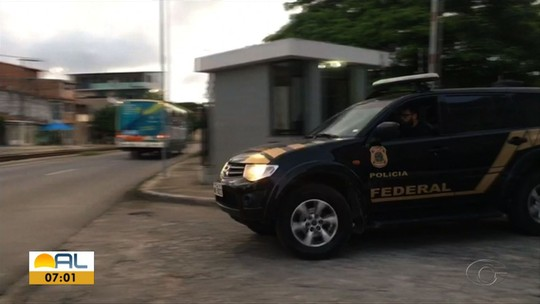 Polícia Federal desarticula grupo suspeito de fraude licitatória e lavagem de dinheiro em prefeituras de Alagoas