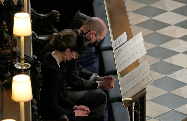 WINDSOR, ENGLAND - APRIL 17: The Duke and Duchess of Cambridge attend the funeral of Prince Philip, Duke of Edinburgh, at St George's Chapel at Windsor Castle on April 17, 2021 in Windsor, England. Prince Philip of Greece and Denmark was born 10 June 1921 (Foto: Getty Images)