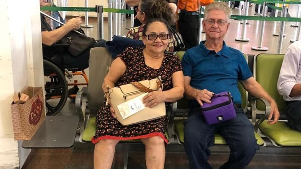 Adalgiza e Benedito moravam no interior do Paraná e foram a Brasília para visitar a filha — Foto: Arquivo pessoal/BBC