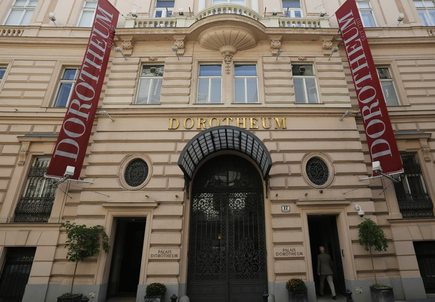 Casa de leilões Dorotheum, de onde a pintura de Renoir foi roubada, segundo a polícia local (Foto: Reuters)