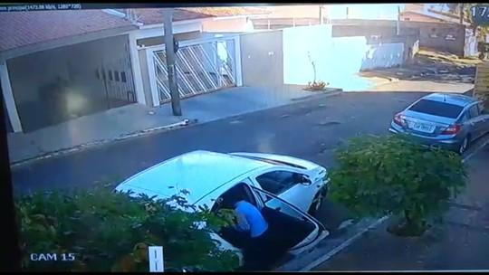 Mãe correu para evitar que bebê fosse levado por bandido no carro em Bauru (SP)