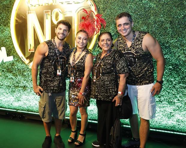 Duda Nagle, Karina Sato, Leda Nagle e Felipe Abreu (Foto: Felipe Panfili/Divulgação)