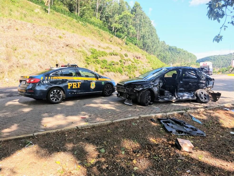 Acidente ocorreu no km 298 da BR 386 — Foto: PRF/Divulgação