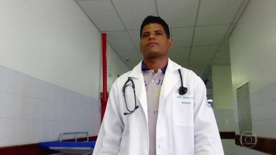 Médico conta em carta emocionante desafio que enfrentou para se formar