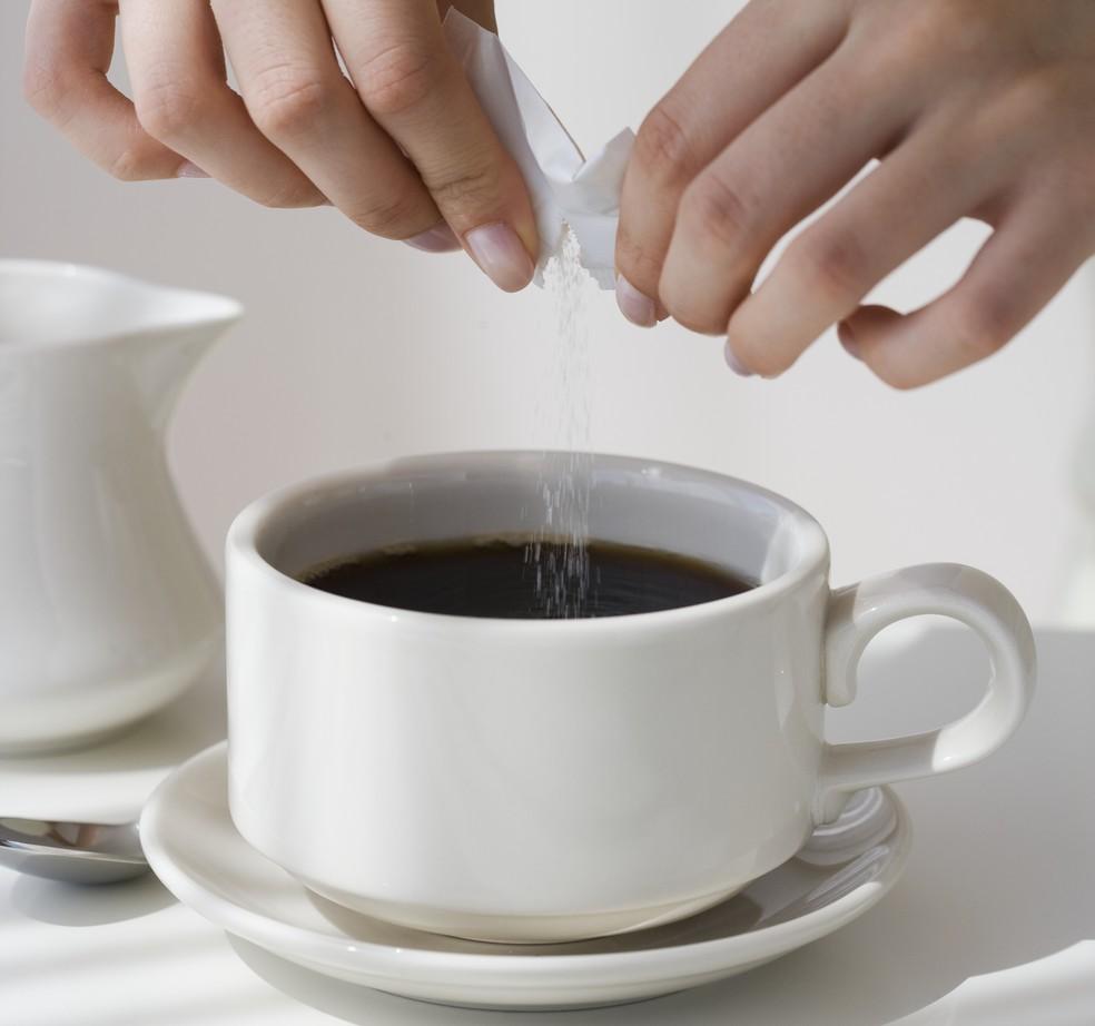Duas xícaras de café por dia e sem adição de açúcar, se possível (Foto: Getty Images)