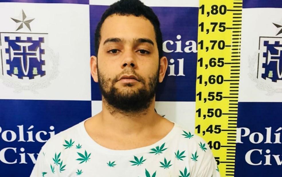 Suspeito de matar travesti foi preso na Bahia (Foto: Divulgação/Polícia Civil)