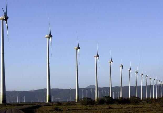 Torres de energia eólica na cidade de Osório, no Rio Grande do Sul - energia - distribuição (Foto: Jamil Bittar/Reuters)