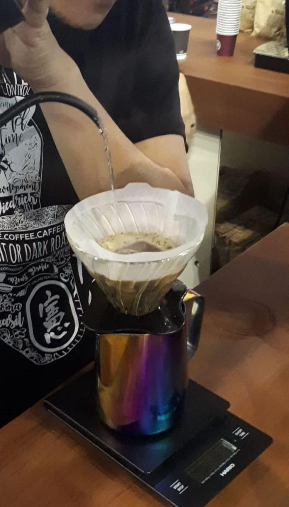 Saiba como fazer um café bem feitinho. — Foto: Maria Thereza Casale/Assessoria de imprensa