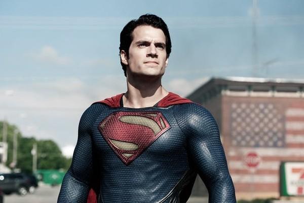 Henry Cavill como o Superman (Foto: Reprodução)