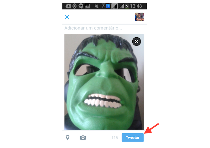 Postando a foto onde um amigo foi marcado no Twitter para Android (Foto: Reprodução/Marvin Costa)