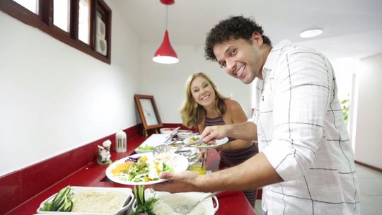 Aprenda a montar um prato saudável