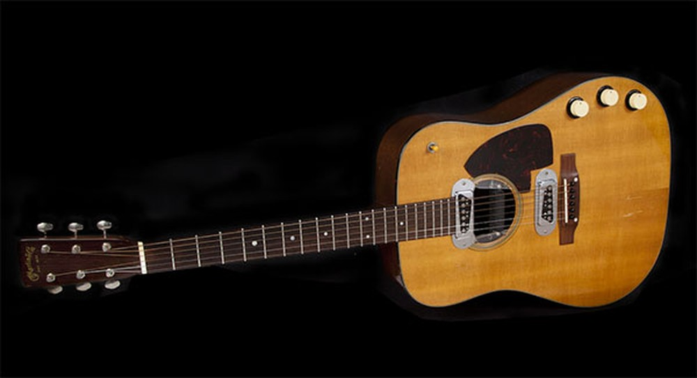Violão de Kurt Cobain usado no 'MTV Unplugged' vai à leilão com estimativa de US$ 1 milhão — Foto: Divulgação/Julien's Auctions