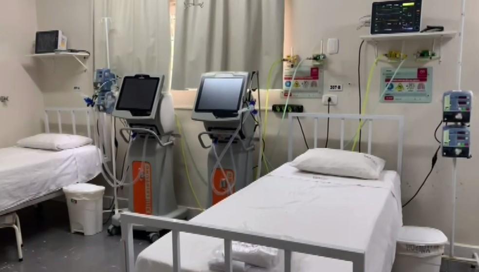Novos leitos para pacientes com Covid-19 passaram a funcionar em Cascavel — Foto: Reprodução/RPC