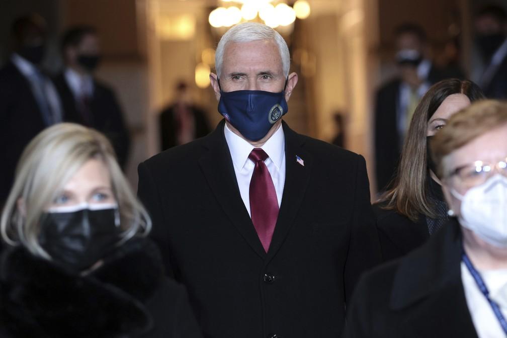 O vice-presidente dos EUA, Mike Pence, chega para a posse do presidente eleito Joe Biden, em Washington, nesta quarta-feira (20) — Foto: Win McNamee/Pool Photo via AP