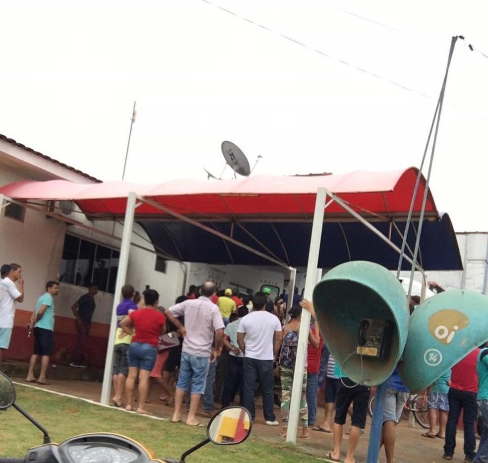 Nove pessoas foram baleadas e levadas para o hospital de Colniza — Foto: Divulgação