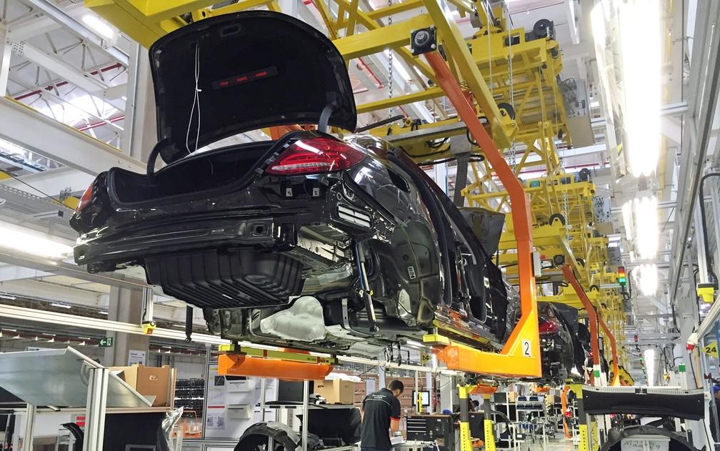 Montagem do Classe C na fábrica da Mercedes-Benz em Iracemápolis, SP (Foto: Luciana de Oliveira/G1)