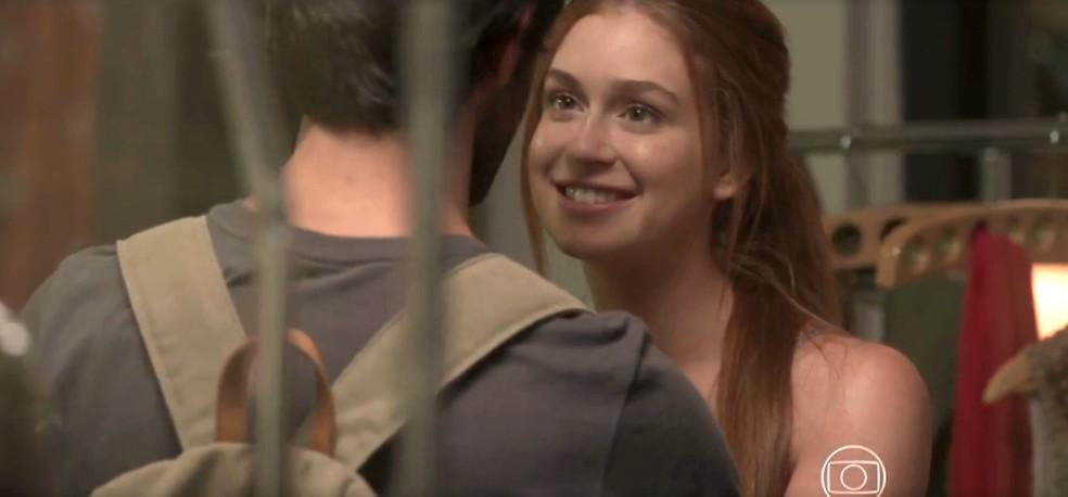 Eliza se desculpa com Jonatas — Foto: TV Globo