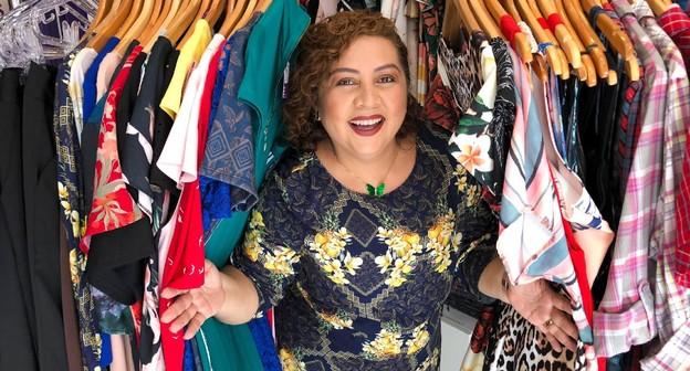 Buscas, delivery e redes sociais: como ela usou a internet para salvar sua loja plus size