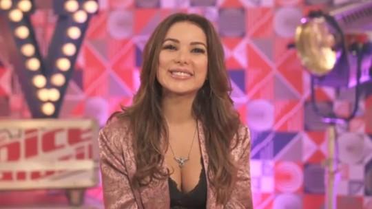 Liah Soares relembra sua trajetória no 'The Voice Brasil' em programa especial de reencontro.