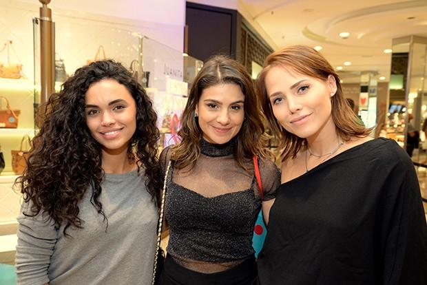 Giovana Cordeiro, Patricia Elizandro e Leticia Colin (Foto: Divulgação)