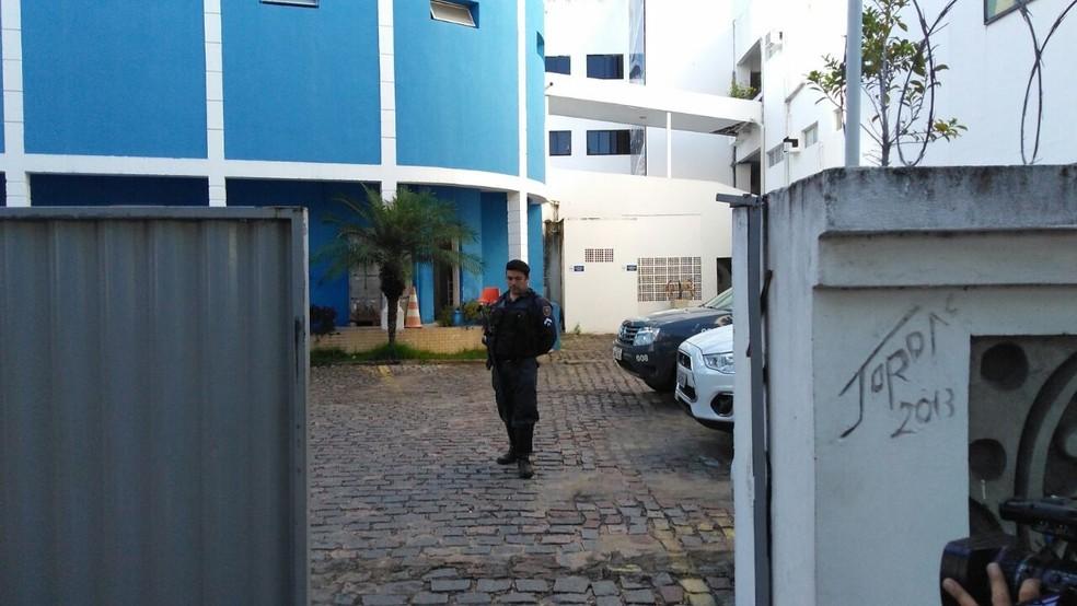 Os gabinetes de Raniere Barbosa e da Presidência da Câmara Municipal de Natal também são alvo dos mandados (Foto: Marksuel Figueredo/Inter TV Cabugi)